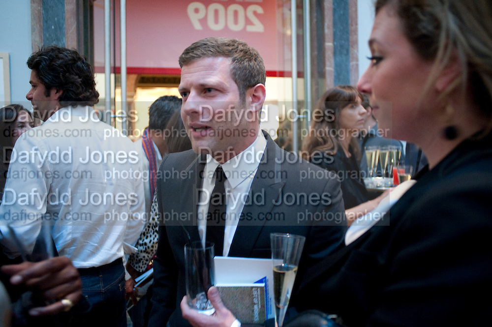 DERMOT O'LEARY, Royal Academy Summer Exhibition 2009 preview party. royal academy of arts. Piccadilly. London. 3 June 2009.