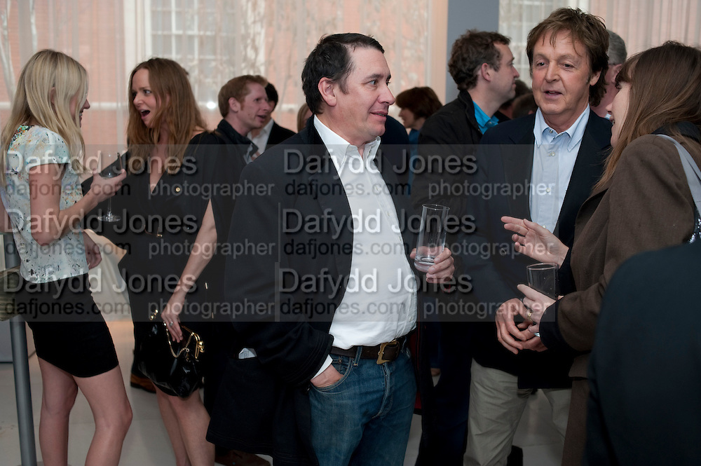 KATE BOSWORTH; STELLA MCCARTNEY; JOOLS HOLLAND; SIR PAUL MCCARTNEY,  ,  Told, The Art of Story by Simon Aboud. Published by Booth-Clibborn editions. Book launch party, <br /> St Martins Lane Hotel, 45 St Martins Lane, London WC2. 8 June 2009