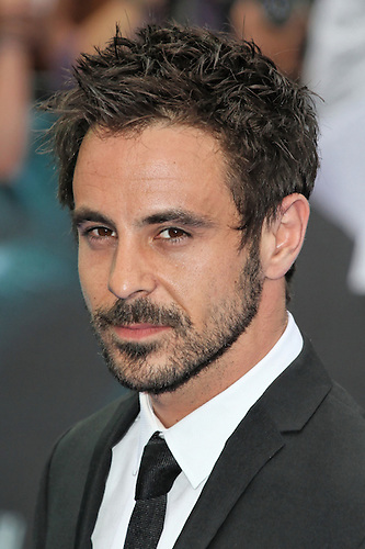 emun elliott married