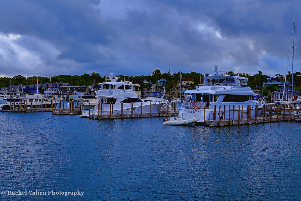 &quot;Charlevoix City Marina&quot;<br />