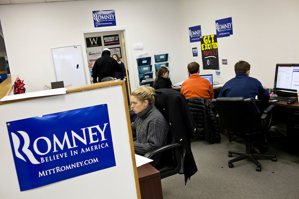 Campaign staff and volunteers work at the New Hampshire campaign headquarters of Republican presidential candidate Mitt Romney on Monday, January 9, 2012 in Manchester, NH. Brendan Hoffman for the New York Times