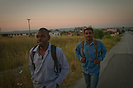 Two men from Eritrea that crossed into Greece illegally earlier in the morning, swimming across the Evros river from Turkey, now search for a police station to hand themselves in and register themselves, after which they can stay in Greece for 30days