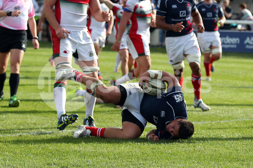 PJ Gidlow scores the second try during the Green King IPA Championship match between London Scottish &amp; Plymouth Albion at Richmond, Greater London on Sunday 5th October 2014<br /> <br /> Photo: Ken Sparks | UK Sports Pics Ltd<br /> London Scottish v Plymouth Albion, Green King IPA Championship,5th October 2014<br /> <br /> &copy; UK Sports Pics Ltd. FA Accredited. Football League Licence No:  FL14/15/P5700.Football Conference Licence No: PCONF 051/14 Tel +44(0)7968 045353. email ken@uksportspics.co.uk, 7 Leslie Park Road, East Croydon, Surrey CR0 6TN. Credit UK Sports Pics Ltd