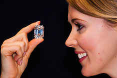 2015-02-13 Valentine's Day gift idea: Sotheby's to offer the ultimate emerald cut diamond