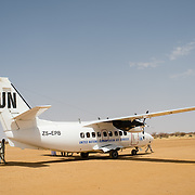 A United Nations Humanitarian Air Services (UNHAS) aircraft on the airfield in Bassikounou in southeastern Mauritania on 28 February 2013.