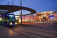 France, Languedoc Roussillon, Hérault, Montpellier, quartier Odysseum, le tramway, le multiplexe