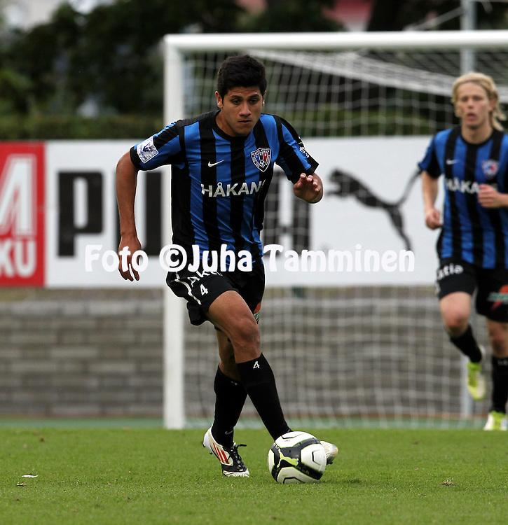 12.8.2012, Veritas stadion (Kupittaa), Turku..Veikkausliiga 2012..FC TPS Turku - FC Inter Turku..Daniel Antunez - Inter.