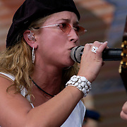 September 7, 2003; HEIDI NEWFIELD of TRICK PONY performing at Farm Aid, 2003, in Columbus, Ohio. Photo by Bryan Rinnert/3Sight Photography