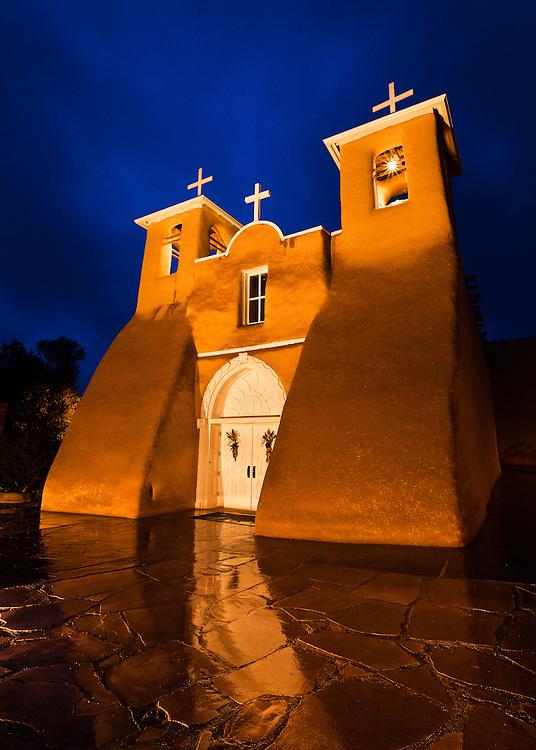 Saint Francis de Asis Church in Ranchos de Taos, New Mexico.