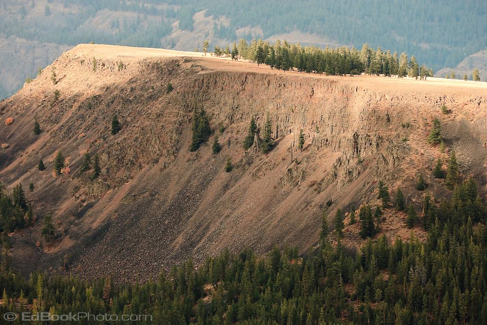 Devil's Table, Wenatchee National Forest, Cascade Range, Washington, USA