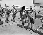 1968 - 18/05 Bob Hope at Airport