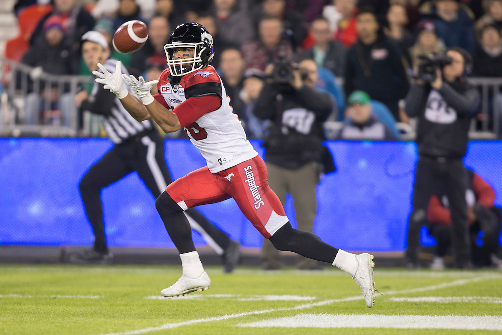 Marquay McDaniel of the Calgary Stampeders catches a pass during the 1st quarter of the 104th Grey Cup against the Ottawa Redblacks in Toronto Ontario, Sunday,  November 27, 2016.  (CFL PHOTO - Geoff Robins)