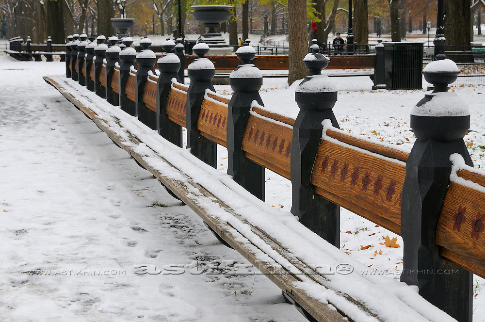 First snow on bench