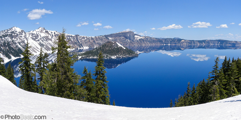 Crater Lake National Park, Wizard Island, Oregon, USA. Panorama stitched from 2 overlapping images.