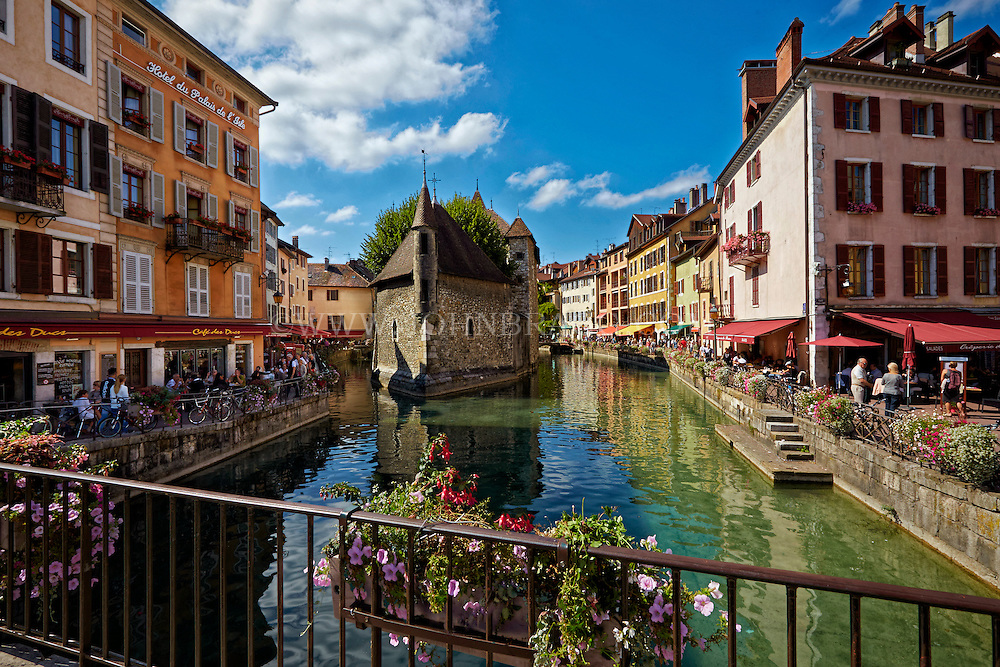 video francaise x annonce annecy