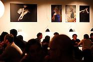 de witte muur L expo