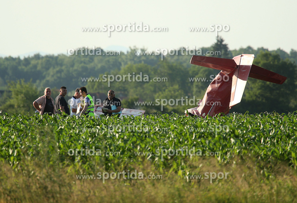 07.06.2015, Vrbovec, Zagreb, CRO, Absturz eines Sportflugzeuges w&auml;hrend einer Flugshow bei der 2 Menschen starben, im Bild Sport plan felt during air show and two people died. The accident occurred // during a demonstration flight which was held as part of the Open Days Dubrava Aero Club and the plane crashed near the runway at Vrbovec in Zagreb, Croatia on 2015/06/07. EXPA Pictures &copy; 2015, PhotoCredit: EXPA/ Pixsell/ Robert Anic<br /> <br /> *****ATTENTION - for AUT, SLO, SUI, SWE, ITA, FRA only*****