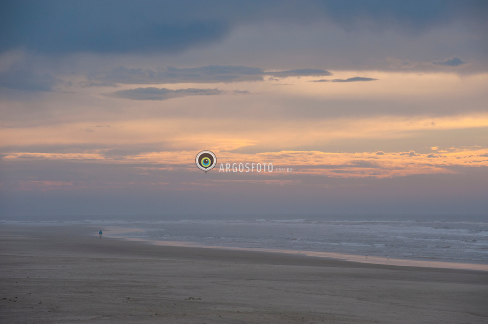 praia no Rio Grande do Sul. Torres / Beach at Rio Grande do Sul.