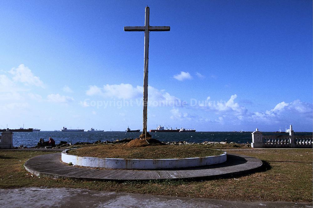 CROIX CHRETIENNE A COLON, PANAMA