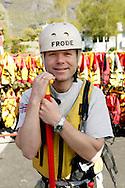 VOSS 20060601; Ekstremsportveko p? Voss har blitt en suksess. Det startet med en samkj¿ring mellom fallskjermhopping, paragliding, elvepadling og rafting. FOTO: TOM HANSEN