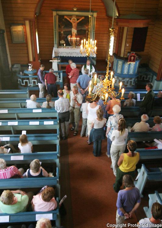 Flora kapell er ei langkyrkje fr&aring; 1936, Selbu kommune i S&oslash;r-Tr&oslash;ndelag. The church is build in timber and can take<br /> 140 people.