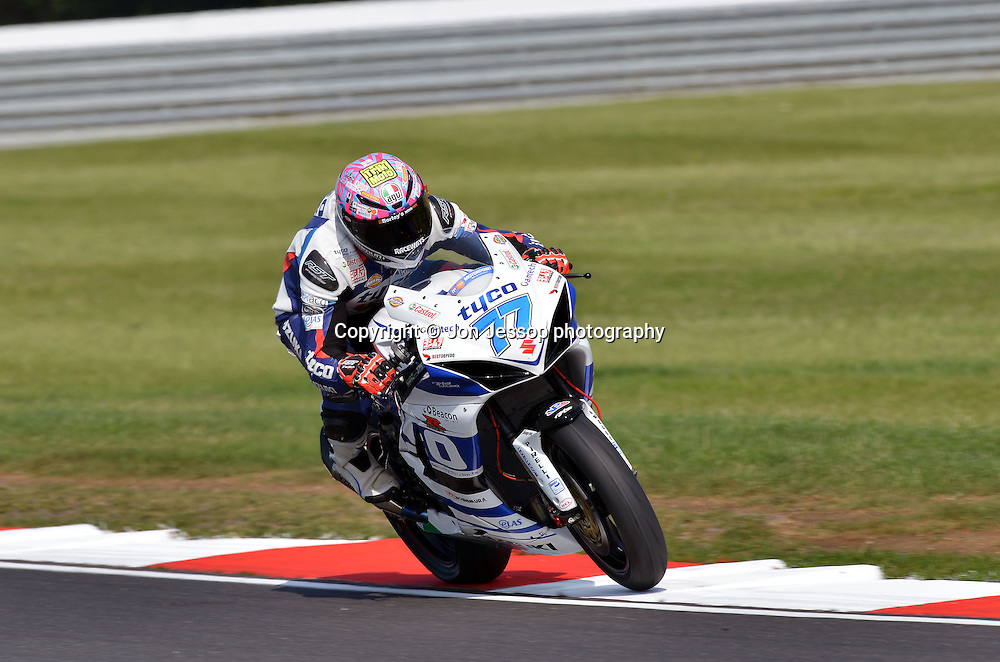 #77 Taylor MacKenzie Tyco Suzuki British Supersport