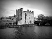 Whiteís Castle, Athy, Kildare 1417,