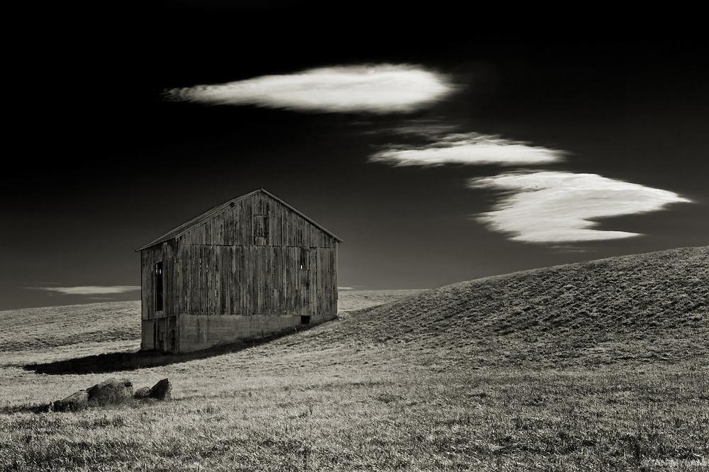 Virginia Barn - Shenandoah, U.S.A.