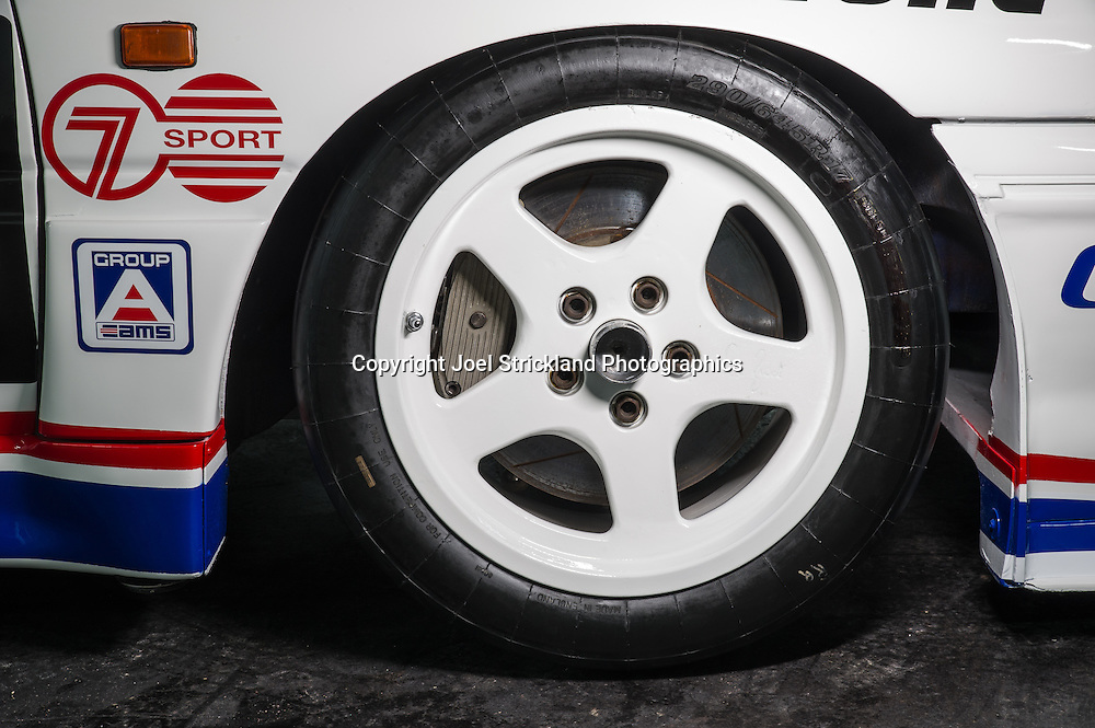 1993 VP Holden Commodore Touring Car - Advantage Racing - Chassis AR3