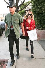 NOV 12 2014 Ashlee Simpson and boyfriend Evan Ross
