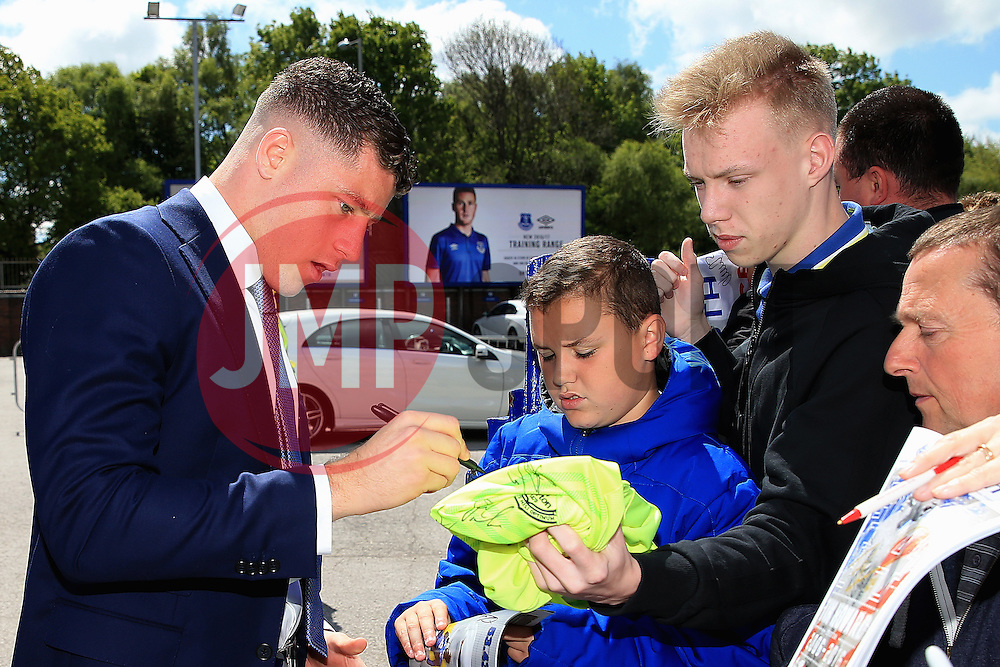 Everton's Ross Barkley signs autographs for fans on arrival at Goodison Park  - Mandatory byline: Matt McNulty/JMP - 15/05/2016 - FOOTBALL - Goodison Park - Liverpool, England - Everton v Norwich City - Barclays Premier League