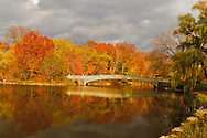 Bow Bridge, The Lake, Central Park West, Central Park, Manhattan, New York City, New York, USA