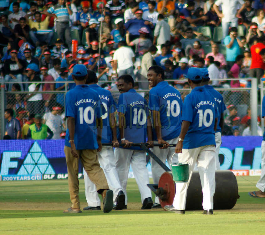Ground Staff  during match 3 of the the Indian Premier League ( IPL) 2012  between The Mumbai Indians and the Pune Warriors India held at the Wankhede Stadium in Mumbai on the 6th April 2012..Photo by Sandeep Shetty/IPL/SPORTZPICS