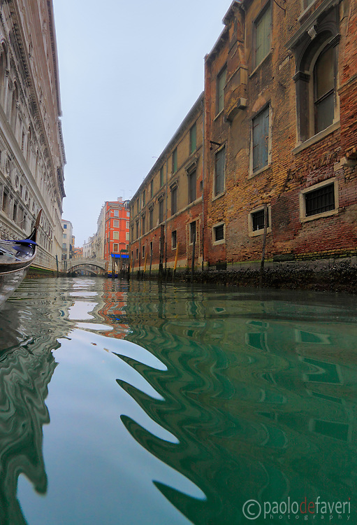 A tour of Venice on a gondola is almost the only way to really see Venice, and get immersed in its true magic and atmosphere.