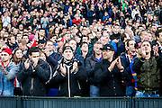 ROTTERDAM - Feyenoord - AZ , Voetbal , Eredivisie, Seizoen 2015/2016 , Stadion de Kuip , 25-10-2015 ,Staande ovatie voor Johan Cruijff