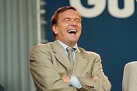 07.10.1995, Germany/Berlin:<br /> Gerhard Schr&ouml;der, SPD, Ministerpr&auml;sident Niedersachsen, Kundgebung auf dem Alexanderplatz zum 50. Jahrestag der Wiedergr&uuml;ndung der SPD<br /> IMAGE: 19951007-02/02-18<br />   <br />  <br />  <br /> KEYWORDS: Schroeder