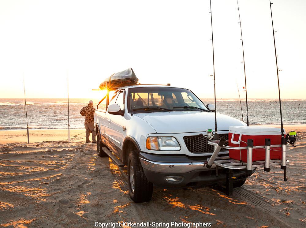 NC00840-00...NORTH CAROLINA - Surf fishing at Cape Hatteras in Cape Hatteras National Seashore.