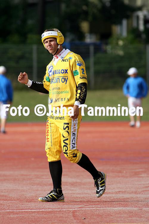 23.07.2009, Pihkala, Hyvink??..Superpesis 2009.Hyvink??n Tahko - Oulun Lippo.Aleksi M?kel? - Hyvink??.©Juha Tamminen.