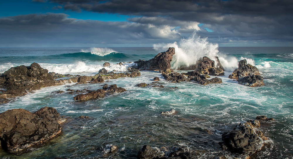 Waves crashing at Hookipa, Maui