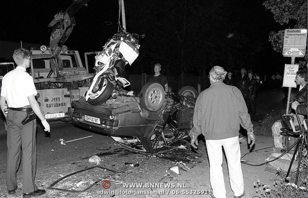 NLD/Mijdrecht/19910723 - Dodelijk ongeval Mijdrecht motor tegen auto, 2 doden