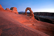 UT00116-00...UTAH - Delicate Arch in Arches National Park.