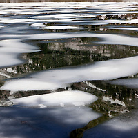 WY00614-00...WYOMING - Ice on Lake Solitude in Teton National Park.