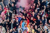 EINDHOVEN - PSV - SC Heerenveen , Eredivisie , voetbal , Philips stadion , seizoen 2014/2015 , 18-04-2015 , Enthousiast publiek met vuurwerk en rook