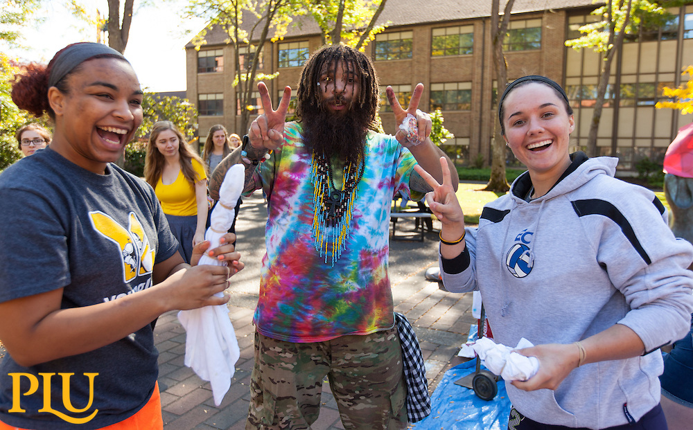 Peace Day celebration in Red Square at PLU, Wednesday, Sept. 21, 2016. (Photo: John Froschauer/PLU)