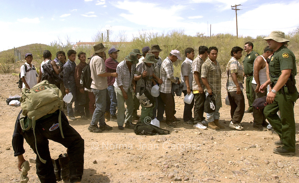 Illegal Immigrants Crossing The Border U. s. border patrol agents