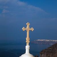 Europe, Mediterranean, Aegean, Greece, Greek Islands, Santorini, Thira. Scenic view of Mediterranean from Santorini.