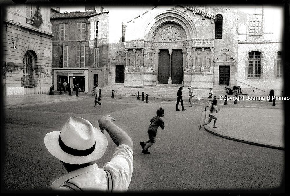 Place de  Republic, Arles