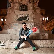 Lisboa, 20/02/2015 - O comediante Pedro Tochas, elemento do j&uacute;ri do programa de talentos da RTP &quot;Portugal Got Talent&quot;, fala da sua carreira.<br /> (Paulo Alexandrino / Global Imagens)