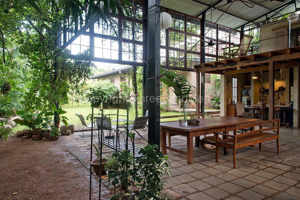 Amila de Mel House in Mirihana.
