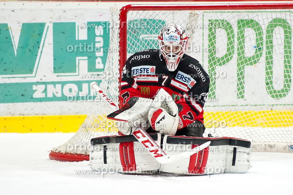 10.01.2016, Ice Rink, Znojmo, CZE, EBEL, HC Orli Znojmo vs Fehervar AV 19, 43. Runde, im Bild Patrik Nechvatal (HC Orli Znojmo) // during the Erste Bank Icehockey League 43th round match between HC Orli Znojmo and Fehervar AV 19 at the Ice Rink in Znojmo, Czech Republic on 2016/01/10. EXPA Pictures © 2016, PhotoCredit: EXPA/ Rostislav Pfeffer